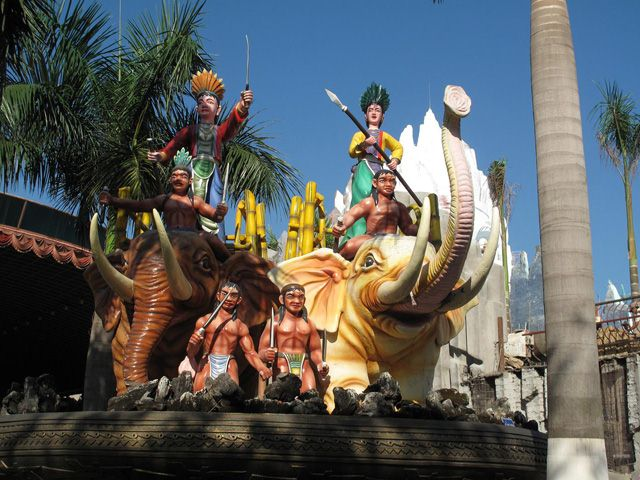 Trung Sisters-Vietnamese national symbol in amusement park, Ho Chi Minh City